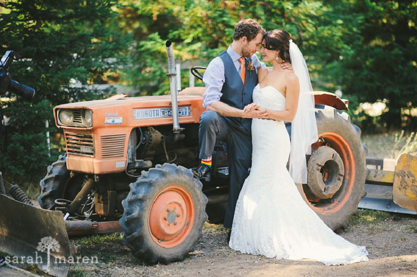 DIY Wedding, Backyard Wedding, Sarah Maren Photography, bride and groom portraits, couple portraits, bride and groom first look
