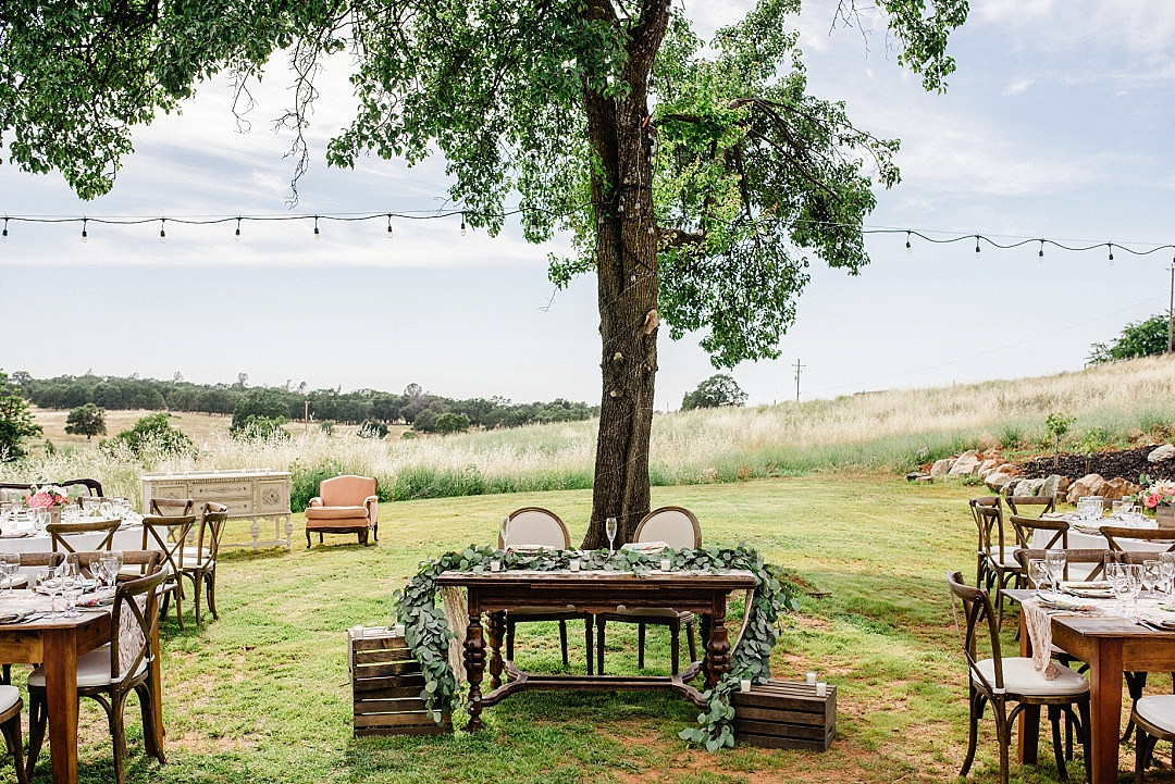 Rustic Backyard Wedding Details photographed by Sarah Maren Photography in Auburn, CA. Rustic elegance at this beautiful backyard wedding full of awesome!