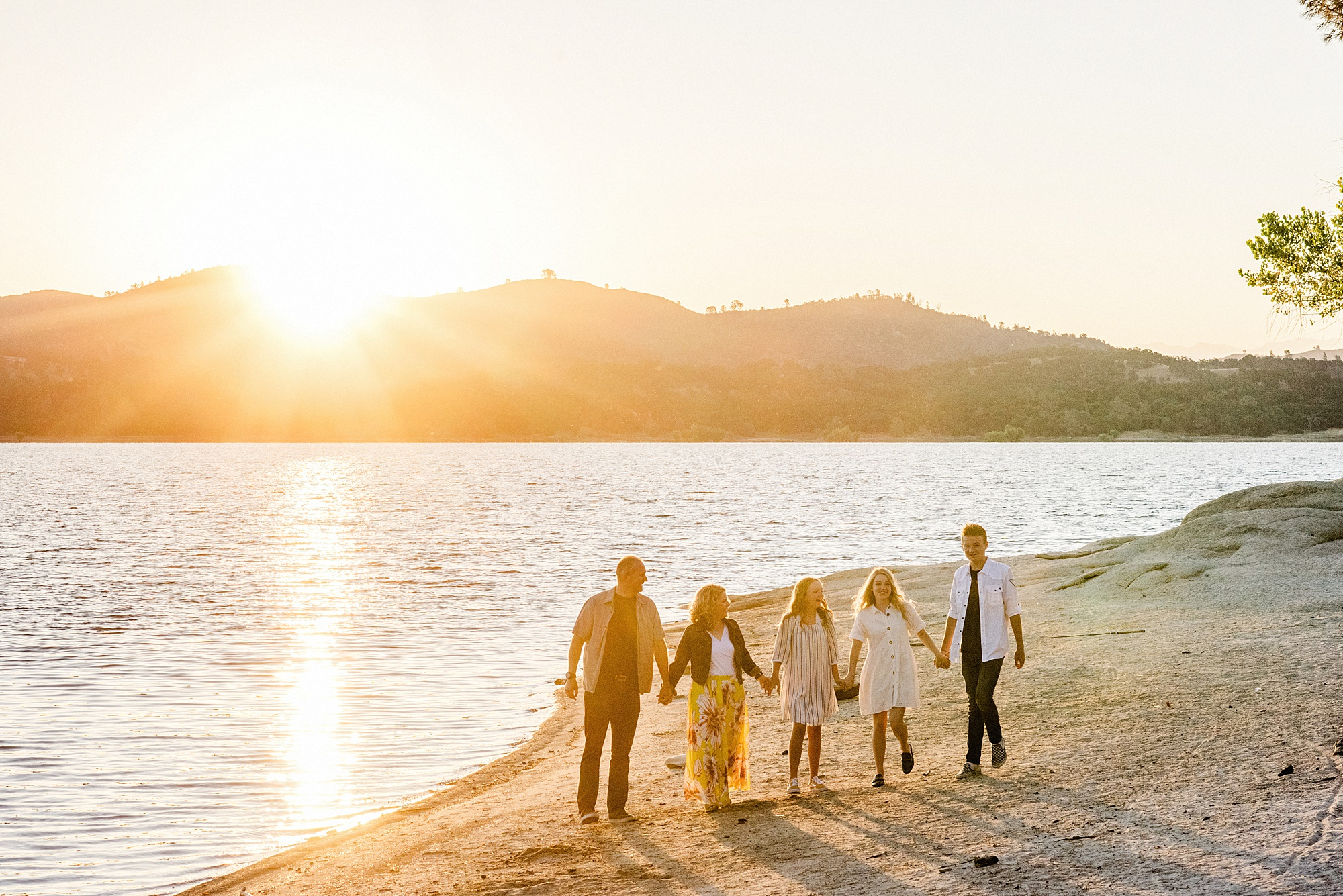 Folsom Lake Family Portraits - Sarah Maren Photography